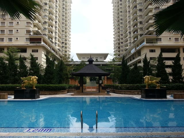 Spacious 9-bed condo in east KL