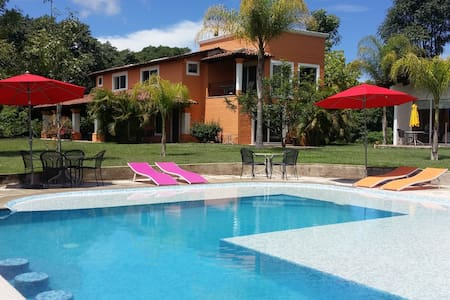 CASA CANTABRIA - Mascota - Bed & Breakfast