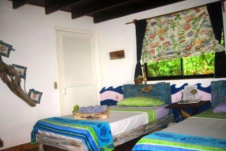 Quarto del Mar-twin beds - Bed & Breakfast