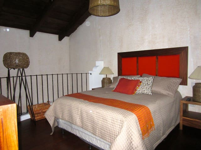 New and luxurious apartment 2 - Antiga Guatemala - Pis