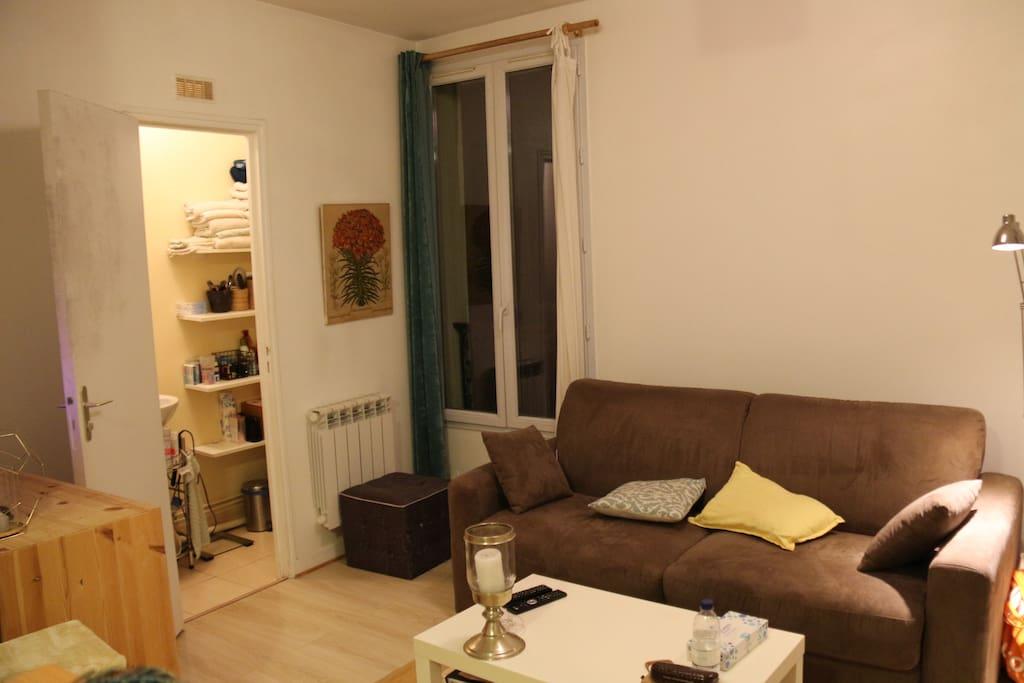 Joli Studio Parisien 11 Me Arrondissement Apartments
