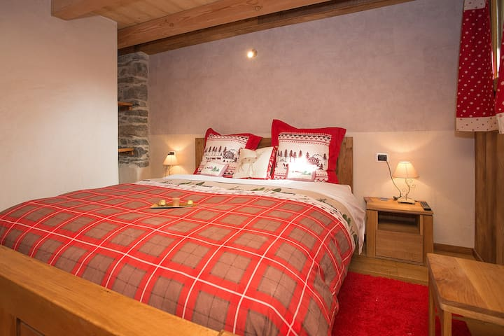sleep in Matterhorn area of ski - Valtournenche - Bed & Breakfast