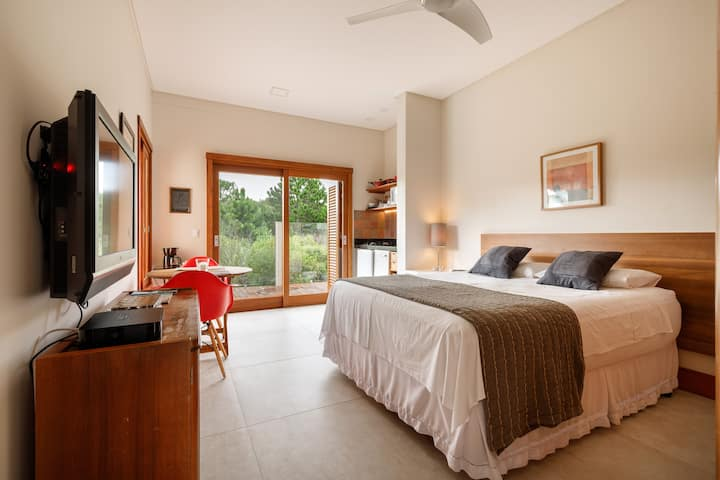 Beautiful suite near the beach