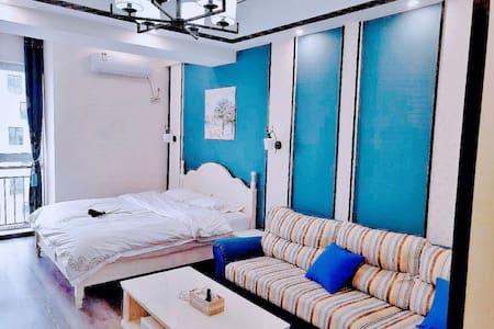 万达公寓轻奢一居室