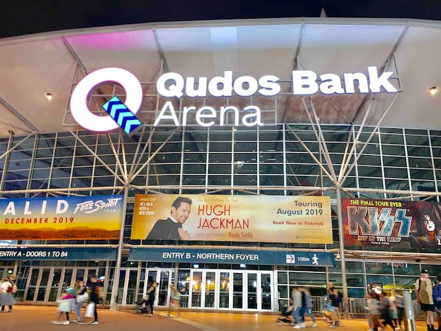 Walking distance 20 minutes from home to Qudos Bank Arena