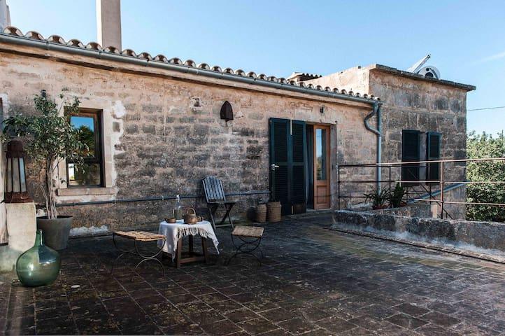 Casa Mallorquina con carácter - Ses Salines