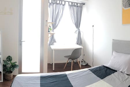 1BR Apartment Riverview Residence