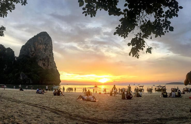 Thai house in Railay (Rapala rock wood resort)