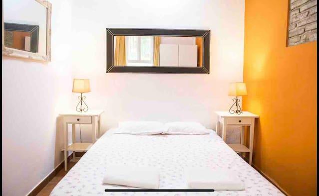 Airbnb Carrer De Pizarro Vacation Rentals Places To