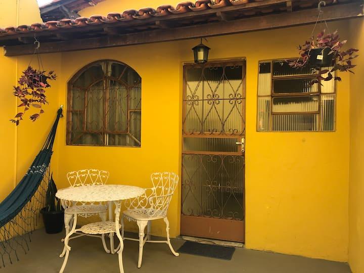 Casinha Amarela em Betim