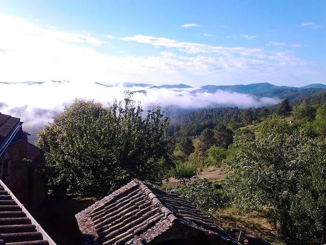 Location saisonnière: Appartement Malbosc-Ardèche
