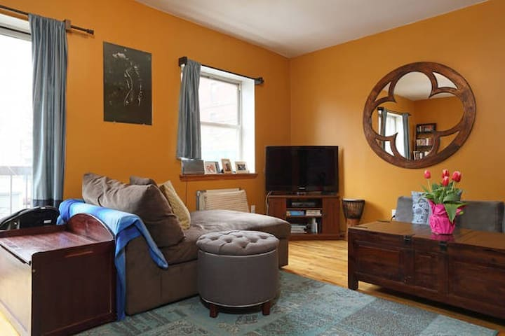 Lovely Two Bedroom Apt in Prime North Williamsburg - Brooklyn - Appartement