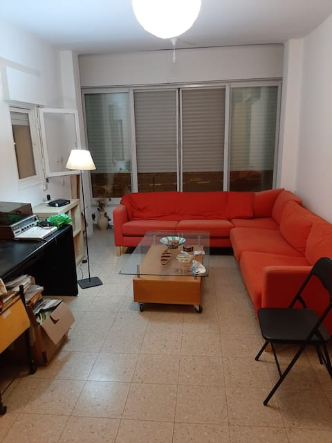 Comfortable Bright Apartment in Good Location