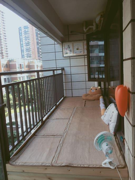 榻榻米阳台