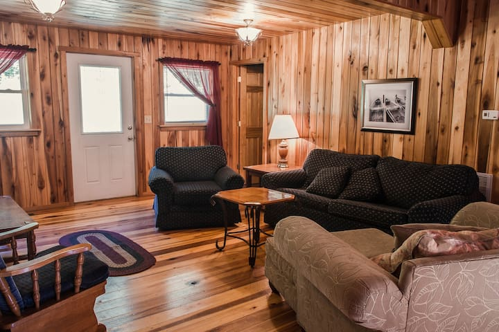 Cabin close to New River Gorge at a good price #5