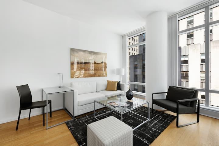 Modern One Bedroom near Rockefeller Center