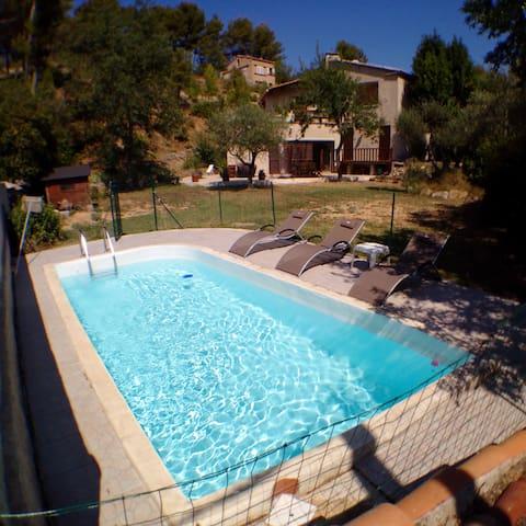 Villa vue Sainte Beaume