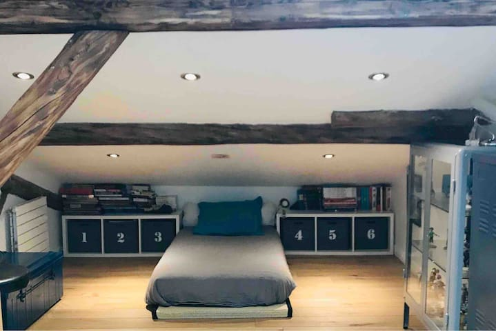 Chambre 4 (matelas 90)