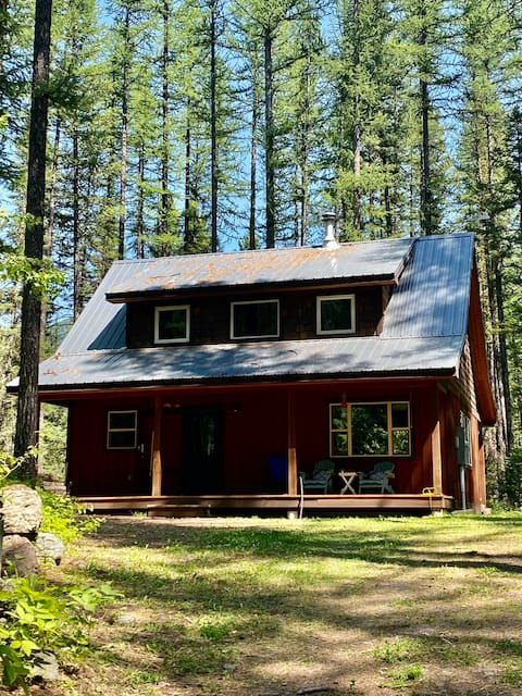 NEW LISTING! Essex Family Cabin - Close to GNP!