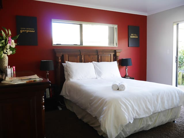 Luxurious Private Room Near Airport - Auckland