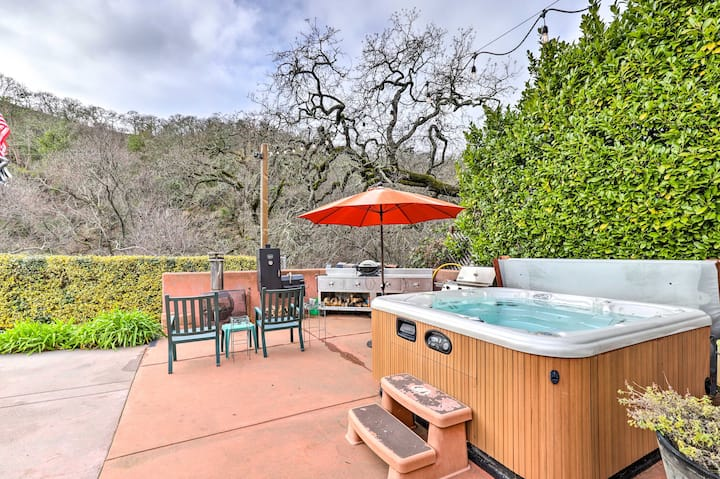 Wine Country Retreat at Private Creekside House!