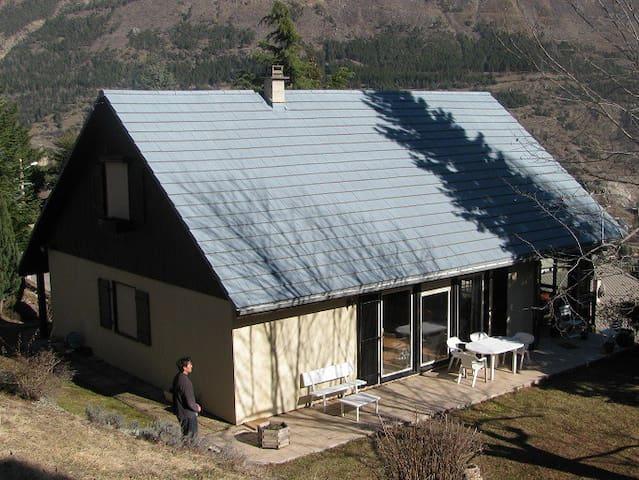 Maison pour 8 à 10 voyageurs - L'Argentière-la-Bessée - Casa