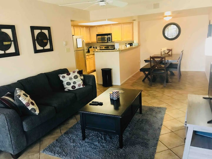 Gorgeous 2 Bedroom 2 Full Bath Condo