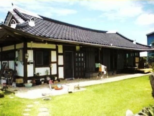 Korean traditional house 'Han-ok' - Daeya-myeon, Gunsan-si - Hus