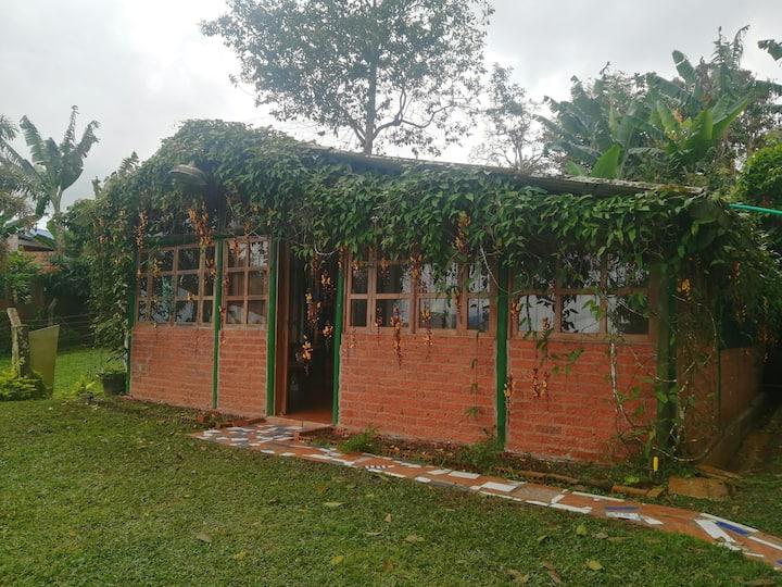 Hermosa casa de Ensueño con chimenea -Cumbre
