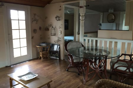Large Cannery Row ocean view studio - Monterey