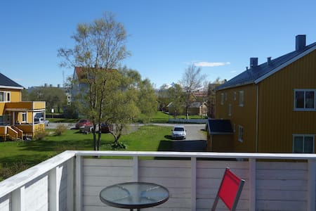 Room in apartment 1 km from city center