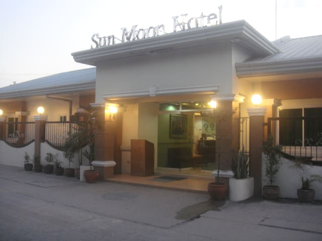 Sun Moon City Deluxe [Budget*PoolAccess] Suite