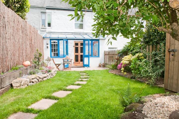 Muriel's Cottage