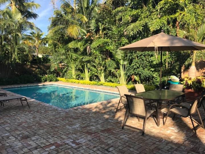 The Casa de Leon with heated pool