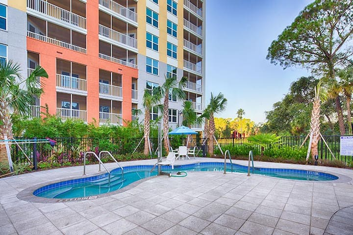 Deluxe Suite 1 bedroom 1000 sf close to disney