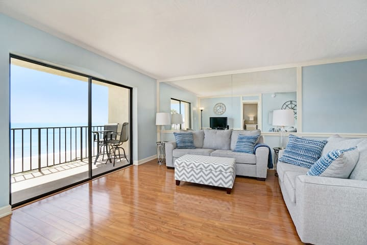Just Beachy.... inside and out! Direct oceanfront.