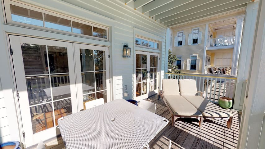 Beautiful 2BR WaterColor Rental only steps away from beach club