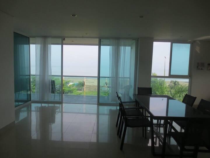 Alquilo apartamento en Cartagena con vista al mar