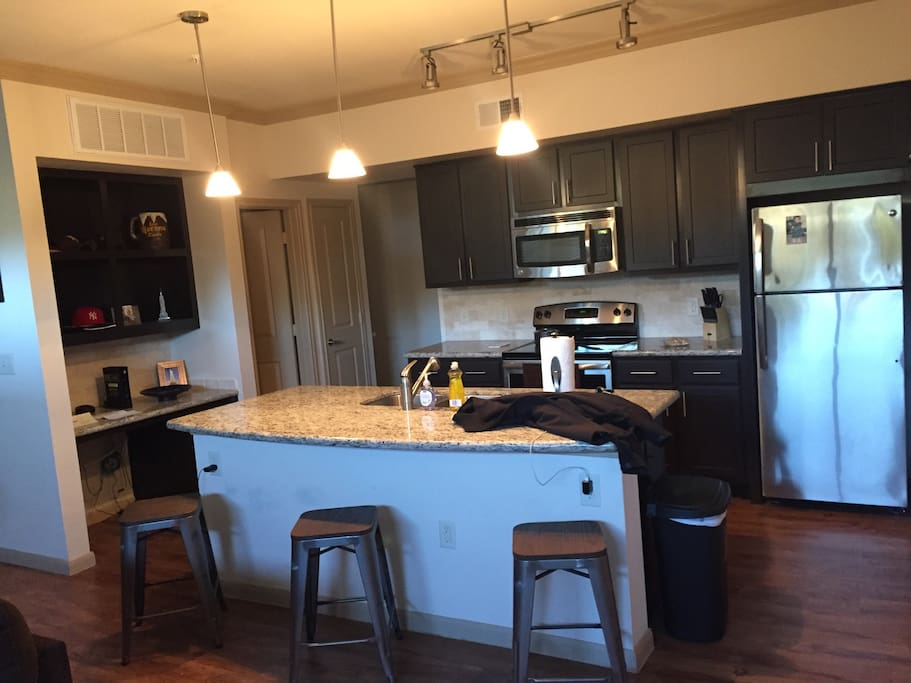 Granite Kitchen with all new updated appliances