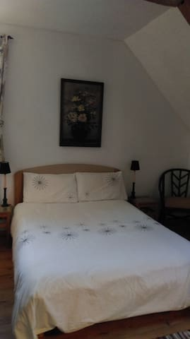 Another shot of the bedroom