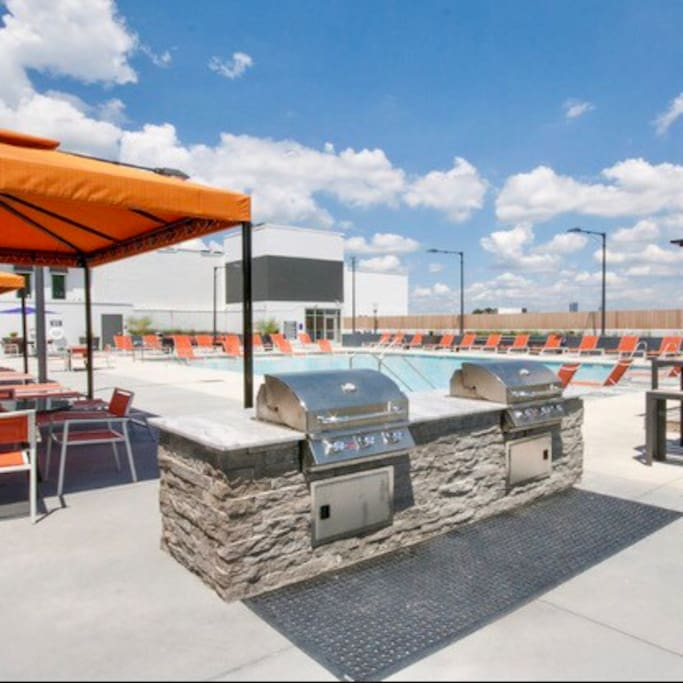 Grill & Pool area...