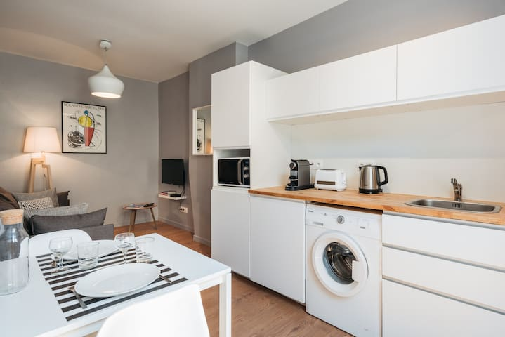 Chamring 1 Bedroom apartment - hear of Confluence