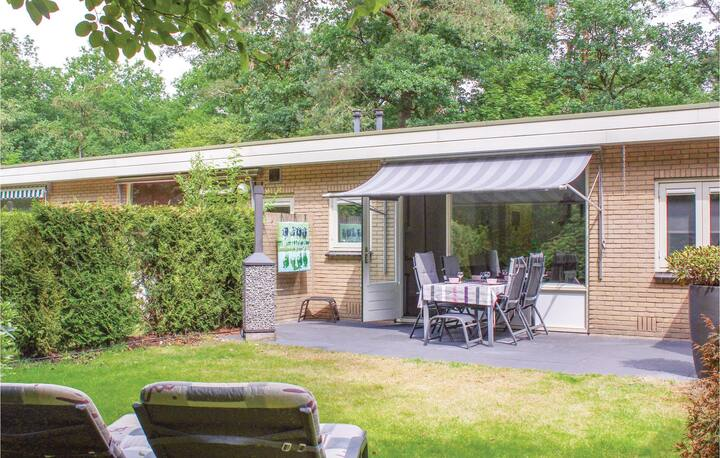 Holiday cottage with 2 bedrooms on 48m² in Otterlo