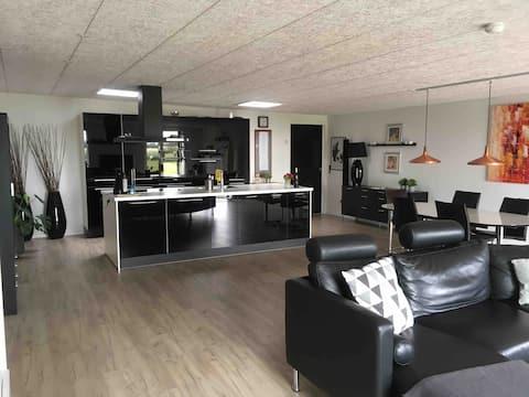 Lækkert hus i No, nær Ringkøbing