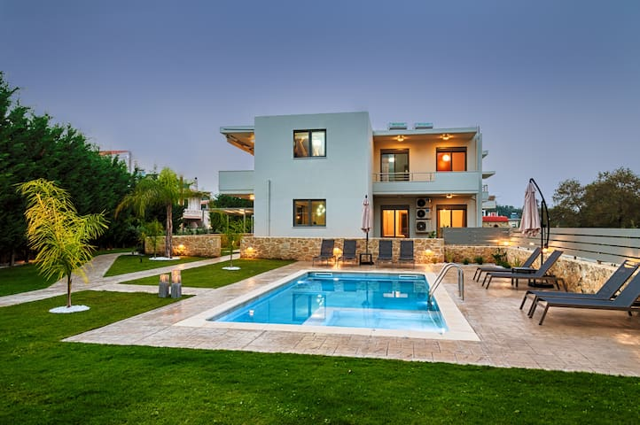 Kagiemar Luxury House, Private Pool, Near Chania City