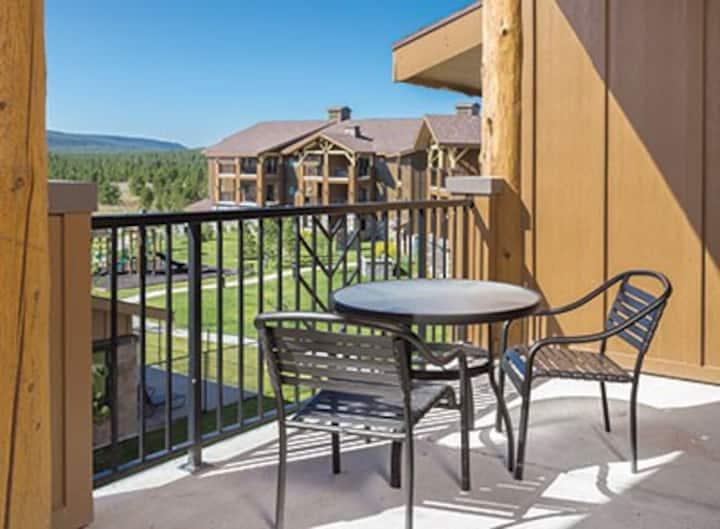 West Yellowstone 2 Bedroom sleeps 6