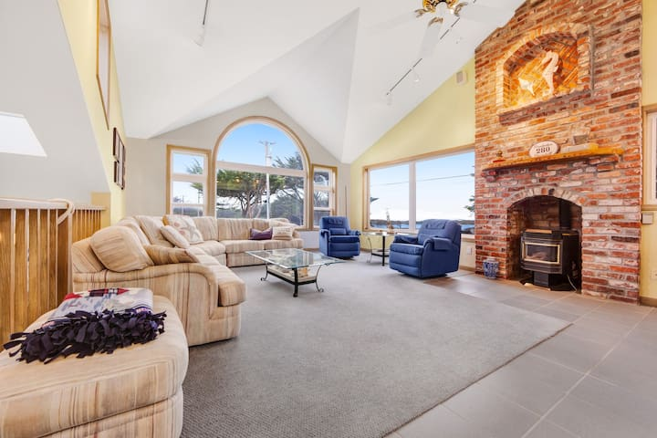 Premium Cleaned | Ocean view home w/ private sauna & jet tub - walk to Beach!