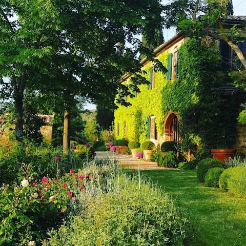 La Fornace.   A stunning country house and grounds