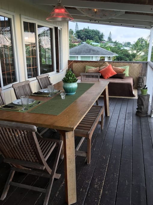 Our lanai is the perfect place to read, eat, have a drink and watch the sun set.