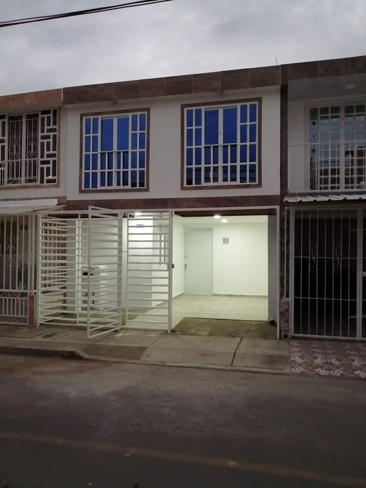 Casa NUEVA cerca al Aeropuerto
